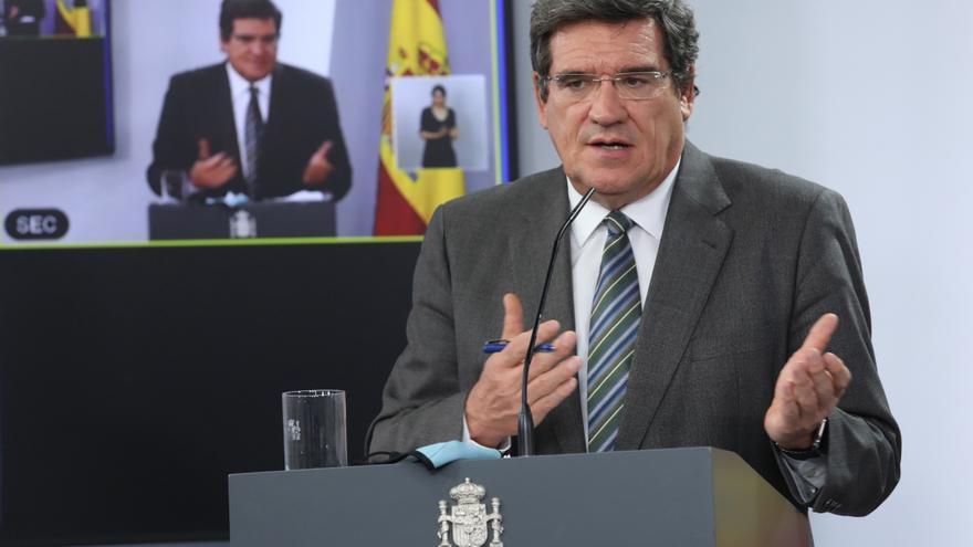 El ministro de Seguridad Social y Migraciones, José Luis Escrivá, comparece en rueda de prensa posterior al Consejo de Ministro celebrado en Moncloa, en Madrid (España), a 29 de septiembre de 2020.
