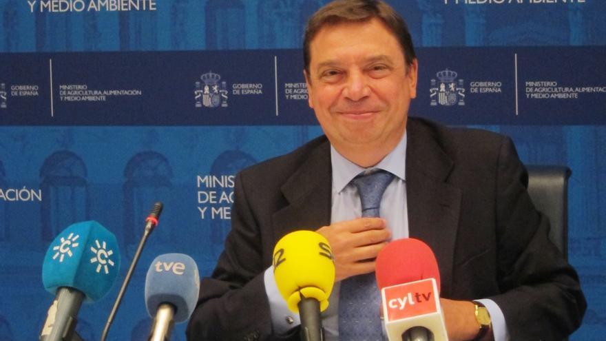 """Consejero andaluz insiste en que el almacenamiento de aceite debe activarse de forma casi """"automática"""" y ser """"objetivo"""""""