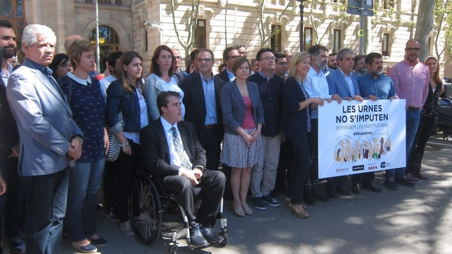Forcadell, entidades soberanistas, PDC, ERC, CUP y SíQueEsPot apoyan a los imputados del 9N