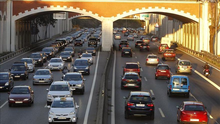 Dieciséis muertos en las carreteras en el puente de Todos los Santos
