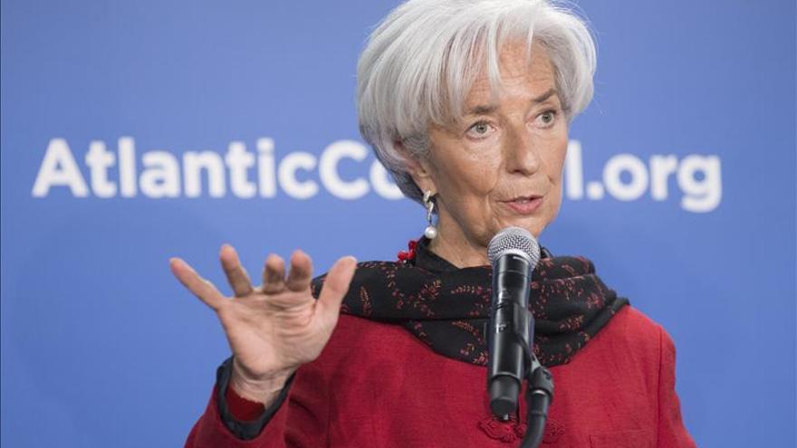 """Lagarde señala que el """"retraso"""" en pagos de Grecia al FMI no es """"recomendable"""""""