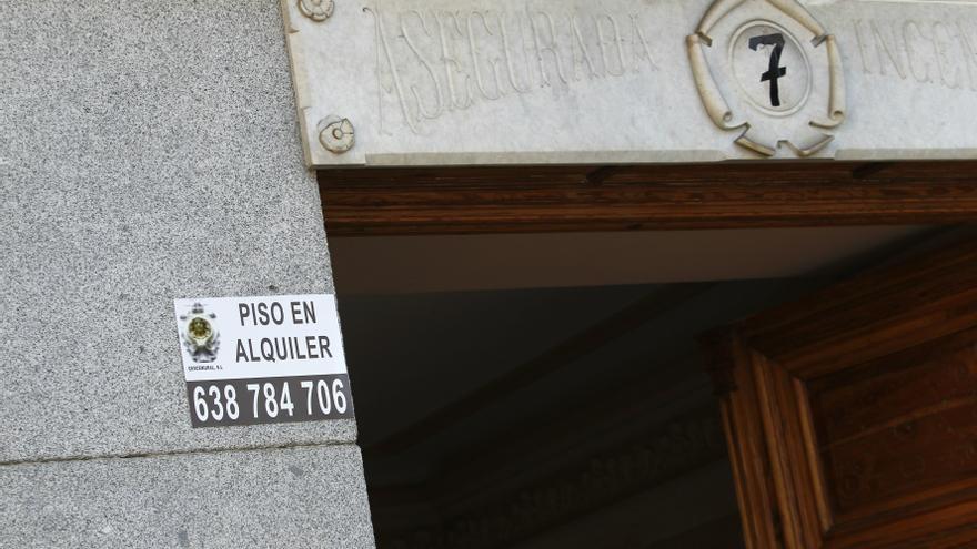 La ministra de Fomento y Cospedal abordan mañana con consejeros de Vivienda del PP la Ley de Alquiler