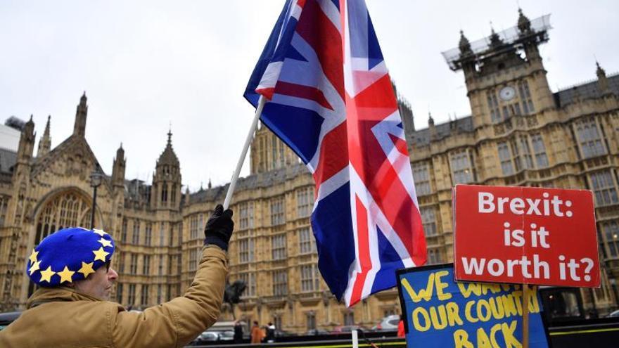 """La Cámara de los Comunes celebra la crucial votación del """"brexit"""""""