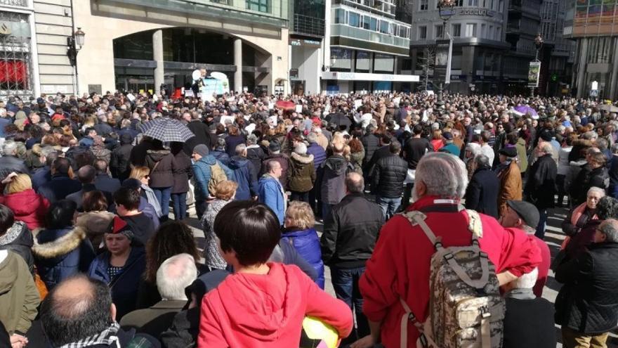 Inicio de la protesta por las pensiones en A Coruña