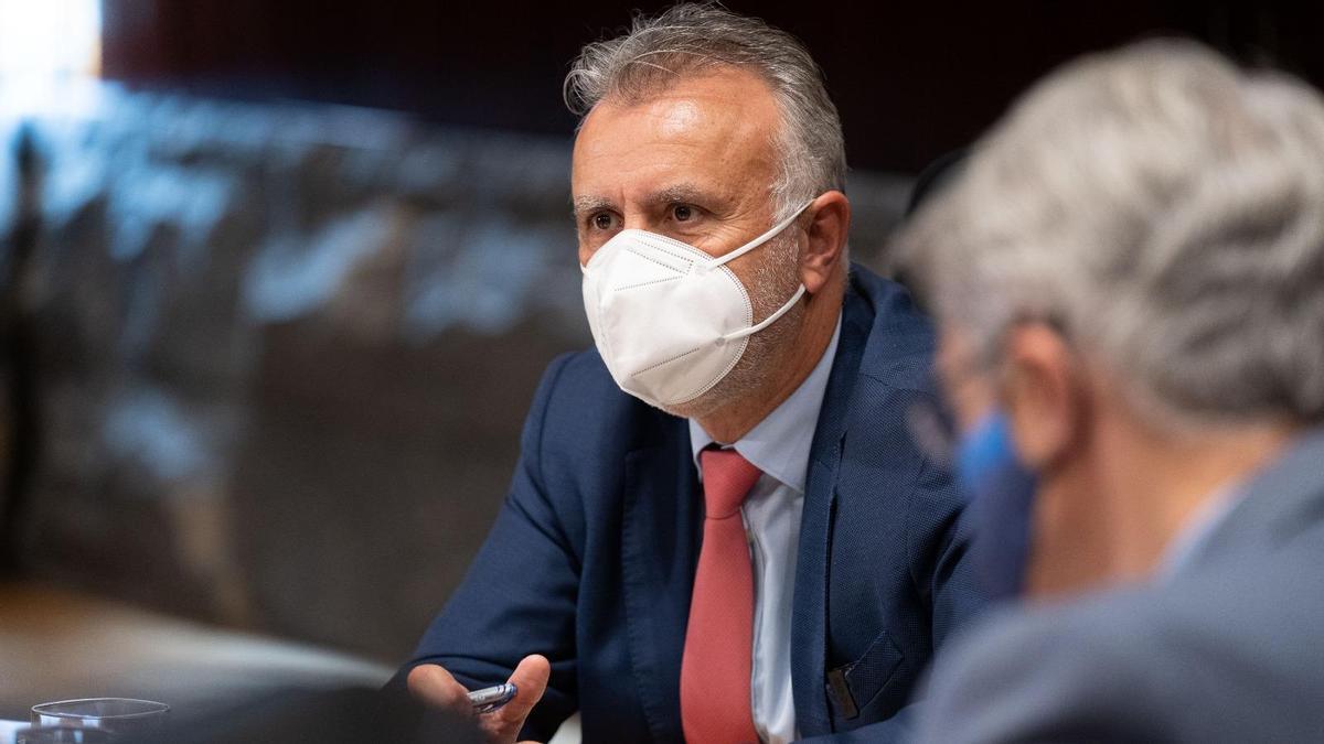 El presidente de Canarias, Ángel Víctor Torres, en el Consejo de Gobierno de este miércoles