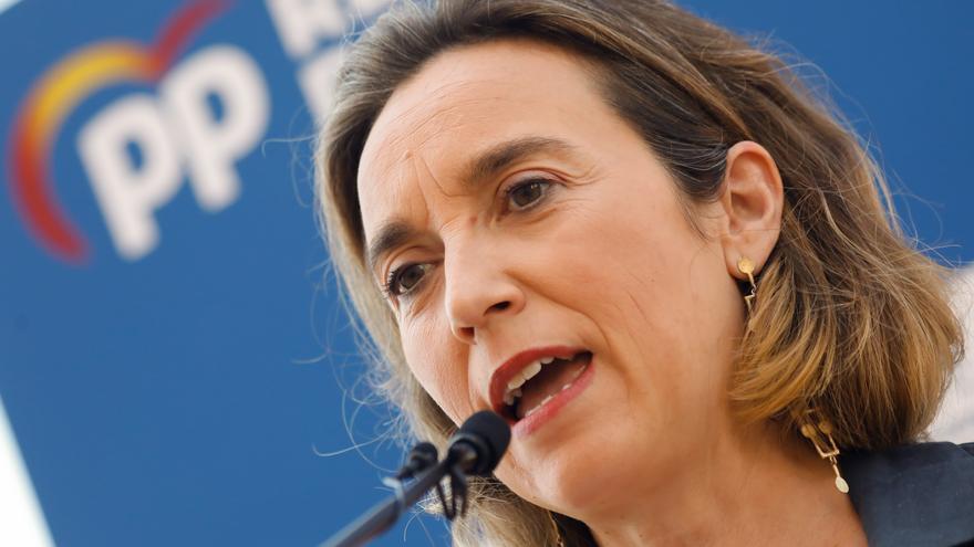 La portavoz del PP en el Congreso de los Diputados, Cuca Camarra, en la conferencia que ha ofrecido en el marco de los cursos de verano del PPRM junto a Francisco Abril