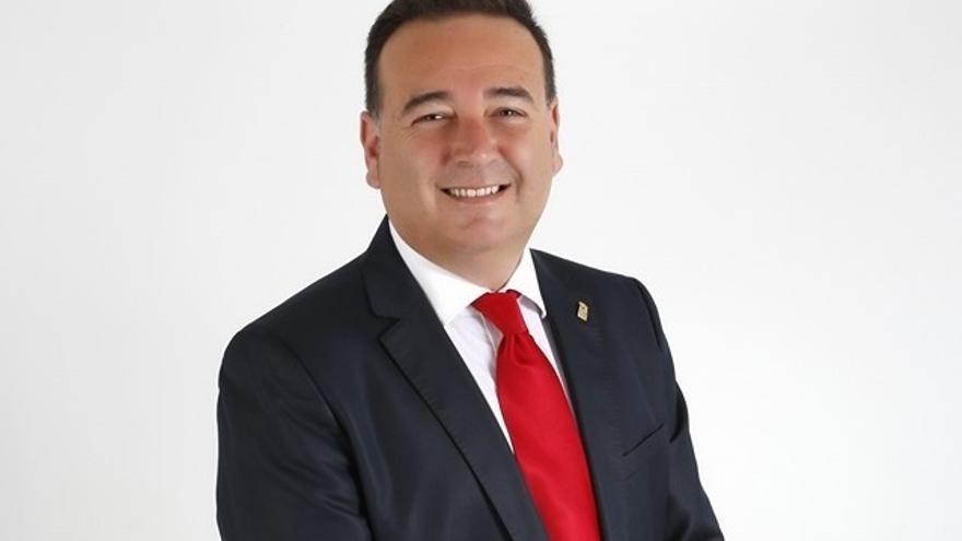 El socialista Jaime Pérez Pacheco, alcalde de Almoradí