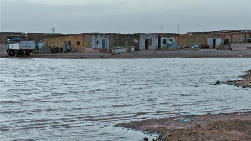 Las lluvias torrenciales en los campos saharauis dejan sin hogar a 25.000 personas