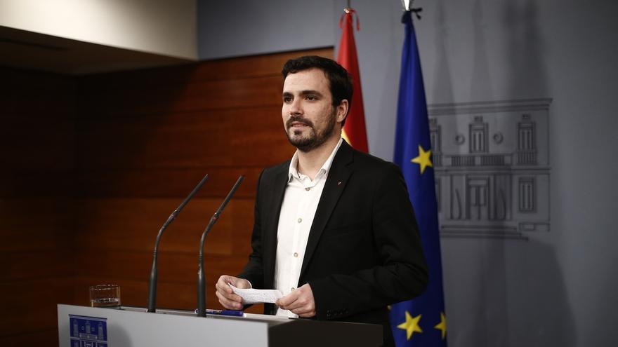 """Alberto Garzón rechaza sumarse al pacto de Estado de Rajoy ante la crisis catalana: """"No participaremos en ese teatro"""""""