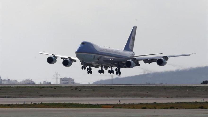 Trump pide que se cancele la orden para fabricar el nuevo Air Force One
