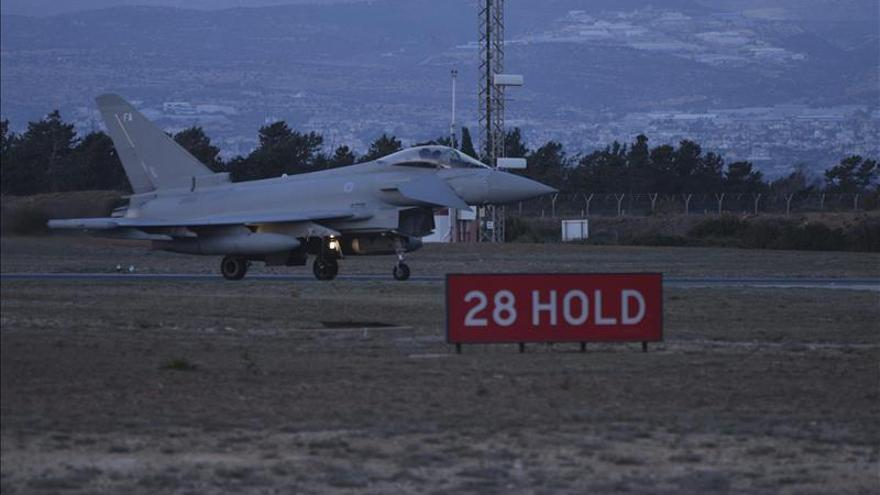 La aviación británica ataca otro campo petrolífero en Siria