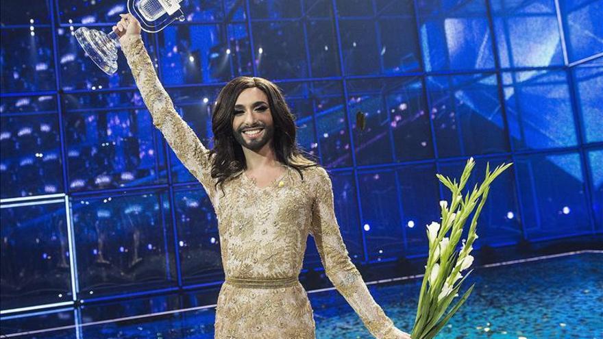 La barba es la seña de identidad de Conchita Wurst, dice su peluquero