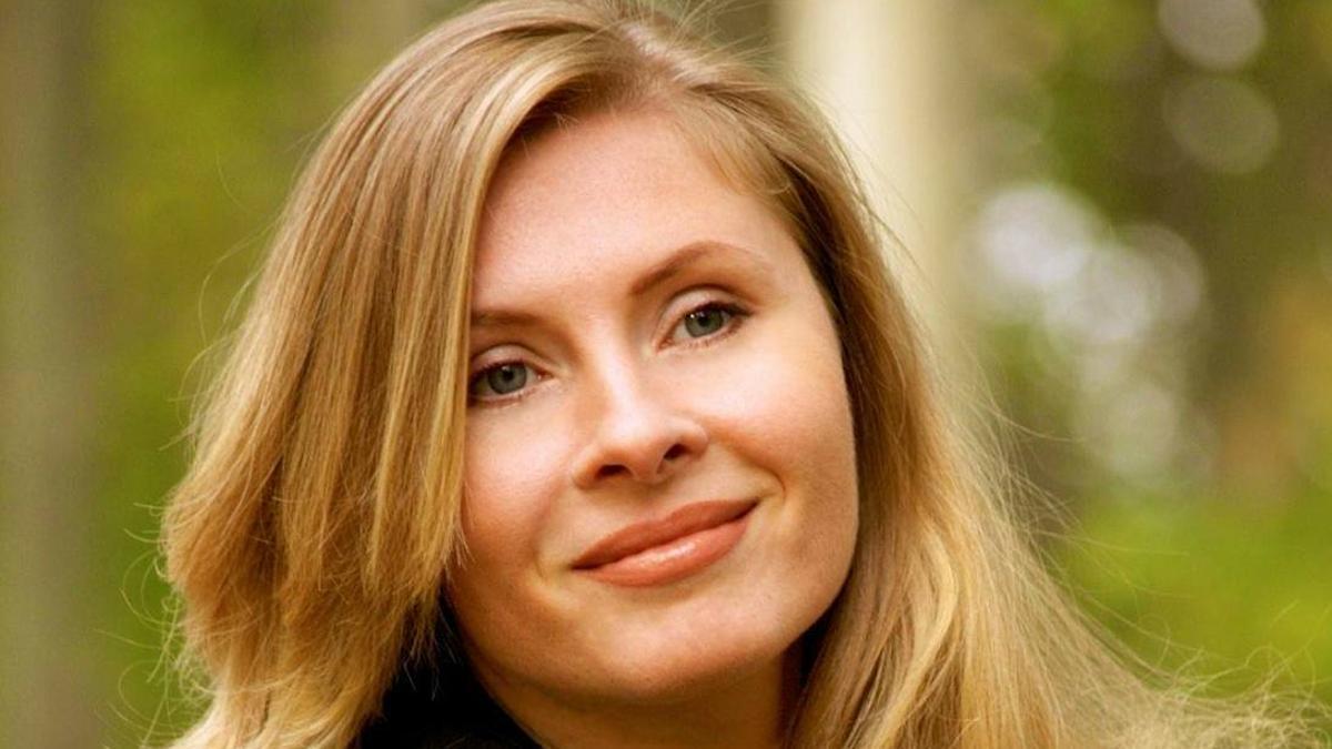 Tatiana Tibuleac nació en 1978 en Chisináu, Moldavia. Con la salida de su primera novela se convirtió en un suceso editorial.