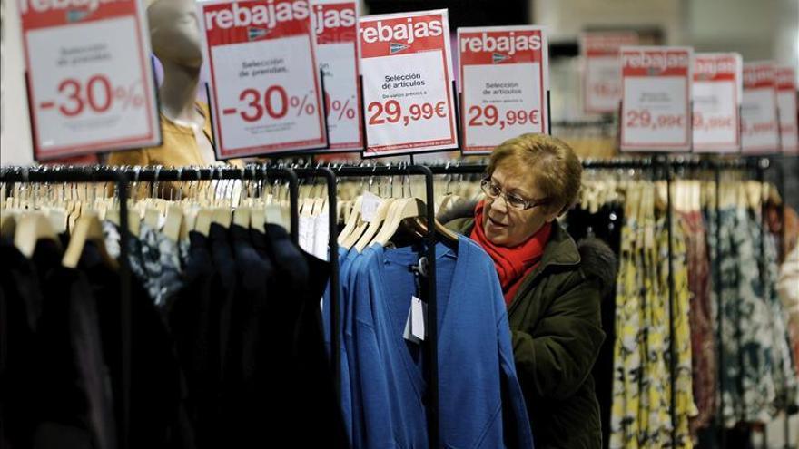 Trabajadores de grandes almacenes se manifestarán contra la propuesta patronal de bajar sueldos