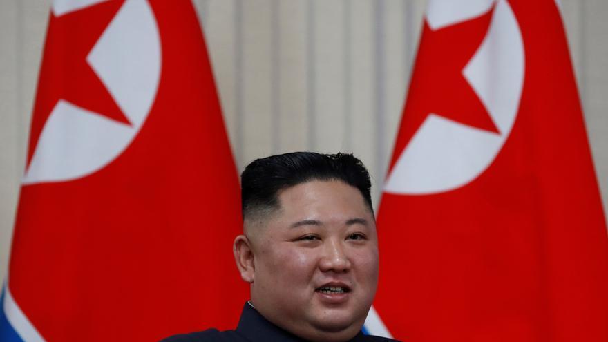 """Kim Jong-un dice que Pionyang seguirá potenciando """"autodefensa y disuasión"""""""