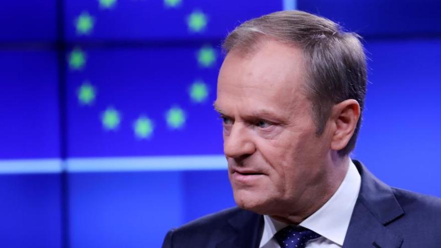 """Donald Tusk pide """"valor"""" para encontrar la """"única solución positiva"""" al brexit"""