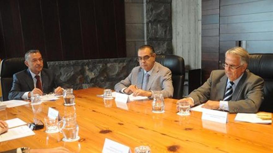 Rivero, en la reunión del Consejo Asesor. (EUROPA PRESS)