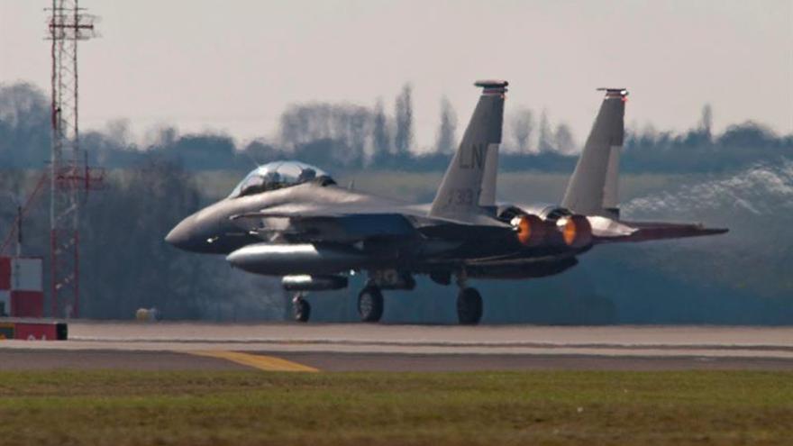 """La Policía responde a un """"incidente"""" en la base militar de EE.UU. en Inglaterra"""