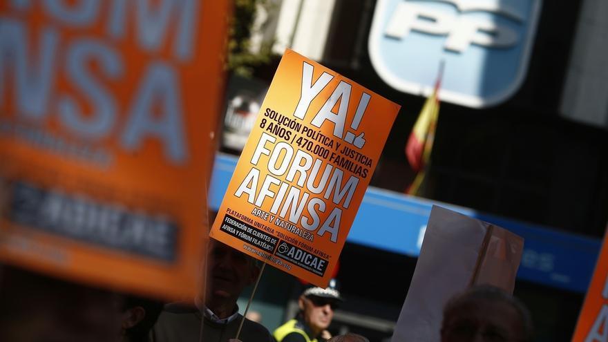 Afectados de Fórum y Afinsa se concentran en toda España para reclamar una solución