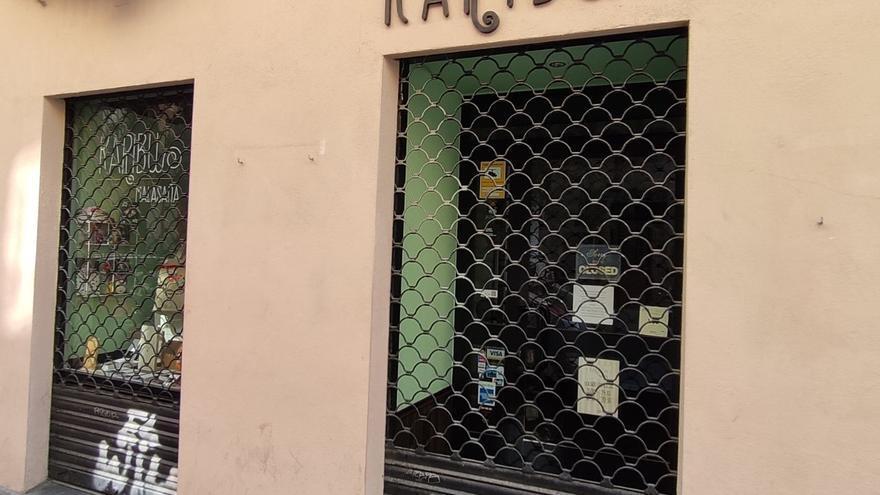Negocio cerrado en el centro de Madrid debido al coronavirus.