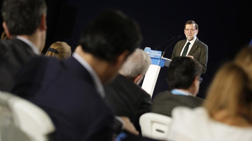 """Rajoy avisa al PSOE que es """"una equivocación"""" que no apoye la reforma de la Administración Local"""