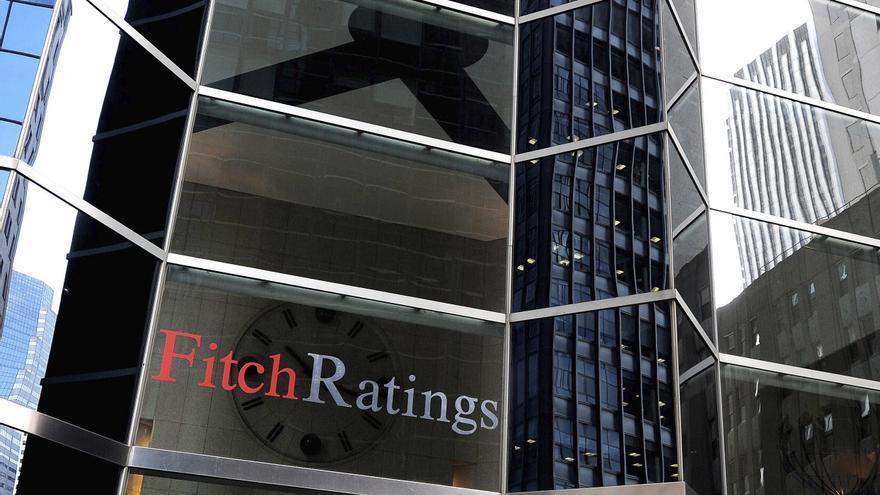 """Fitch afirma el riesgo crediticio de Nicaragua en """"B-"""" con perspectiva a estable"""