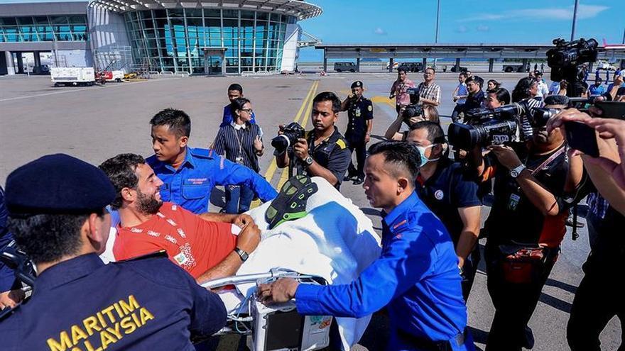 Los españoles rescatados en Malasia emprenden viaje de regreso a España