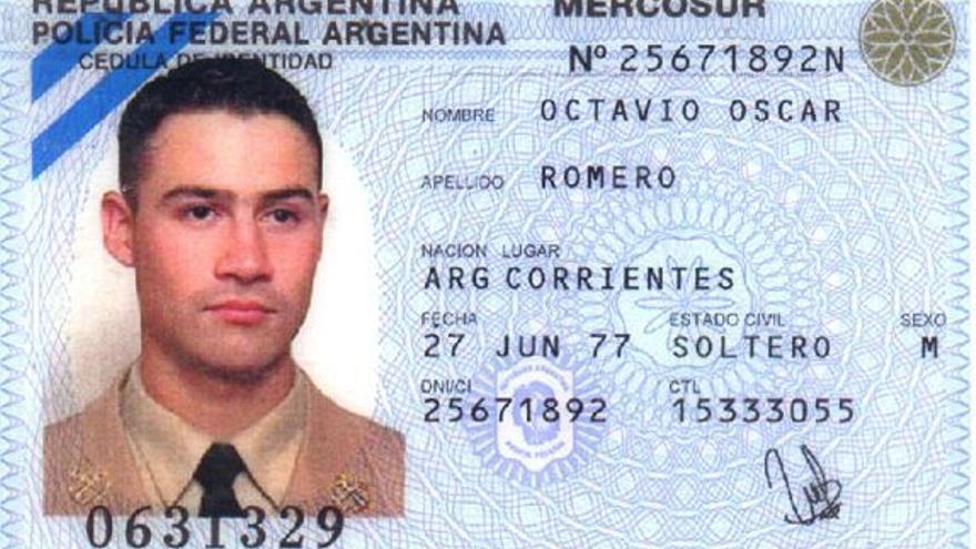 El suboficial de la Prefectura Naval Argentina Octavio Romero desapareció de su departamento en el centro porteño. Seis días después, su cuerpo apareció desnudo y asesinado en el río.