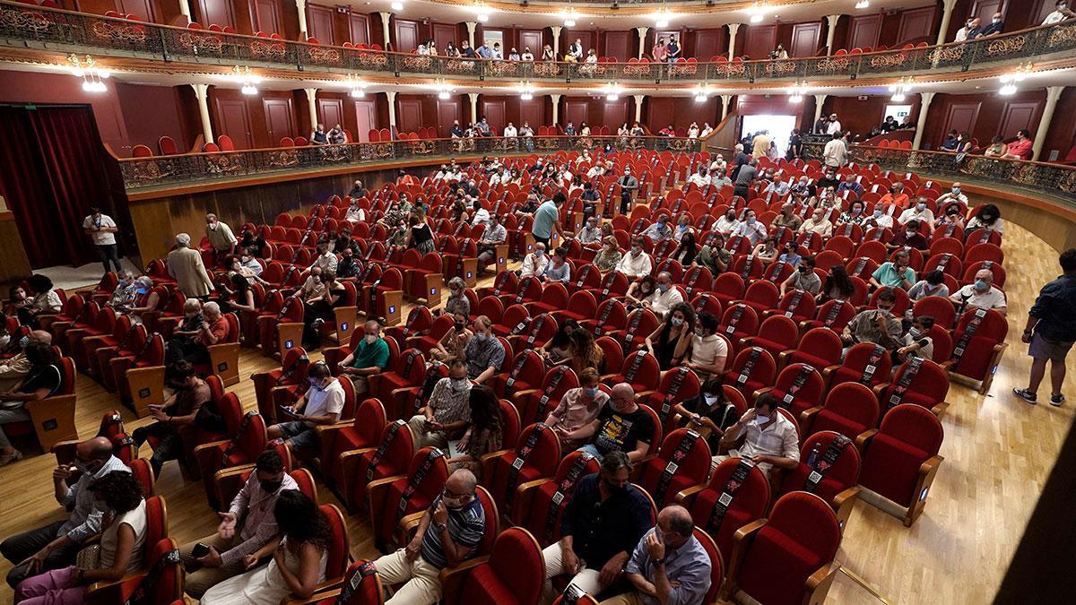 Vista general del patio de butacas del Gran Teatro de Córdoba