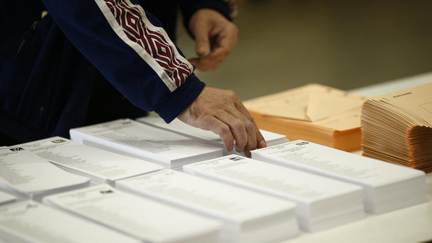 Constituidas el 100% de las mesas electorales en Andalucía a las 09,30 horas