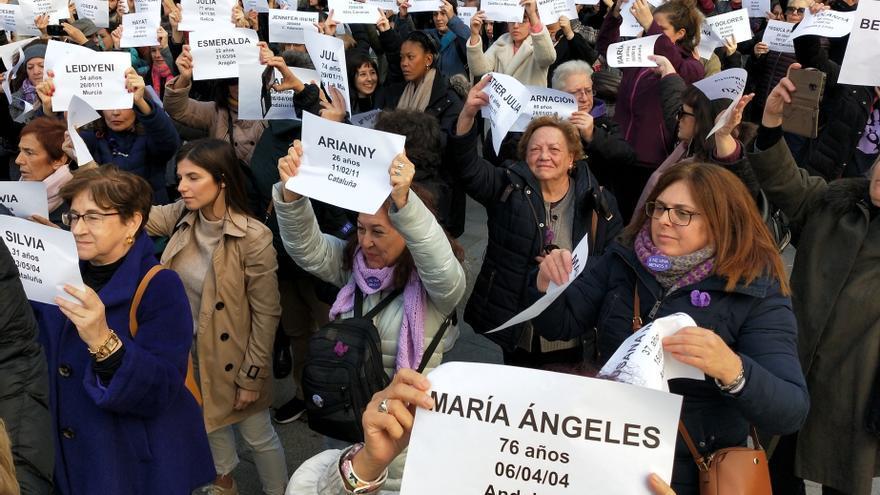Acción ante el Ayuntamiento de Madrid contra la ausencia de una declaración institucional contra la violencia machista.