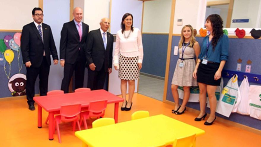 Inauguración del colegio de Mas Camarena en Canet d'En Berenguer