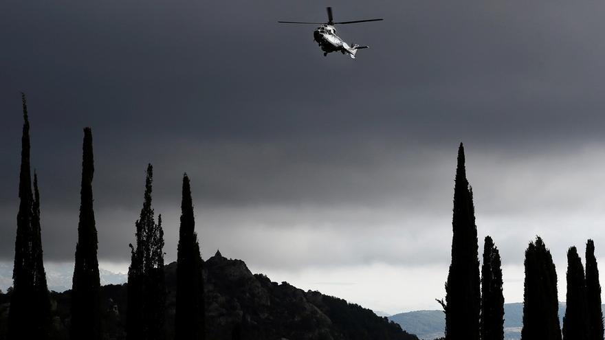 """La Coordinadora andaluza celebra con ofrendas florales el """"día para la Historia"""" de la exhumación de Franco"""