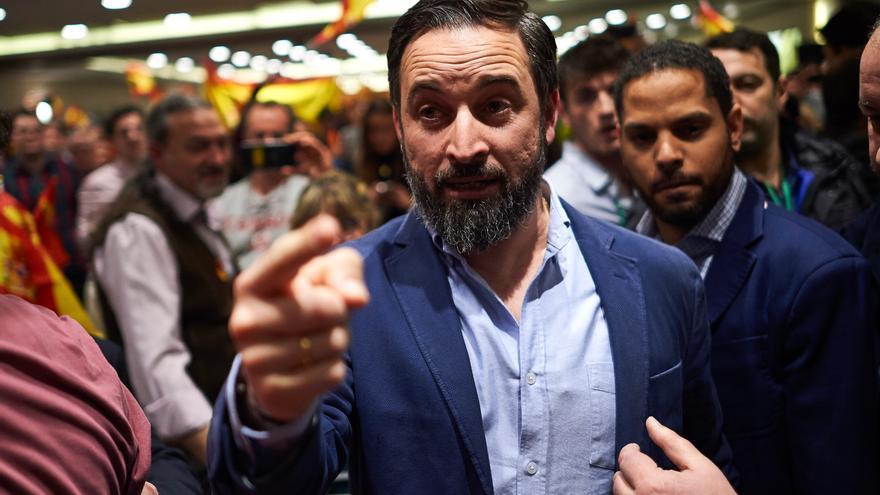 El presidente de Vox, Santiago Abascal, interviene en un acto público del partido en Pamplona