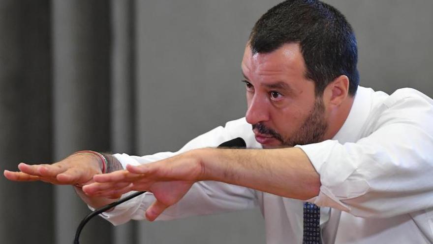 Salvini celebra que no haya más barcos de ONG en el Mediterráneo Central