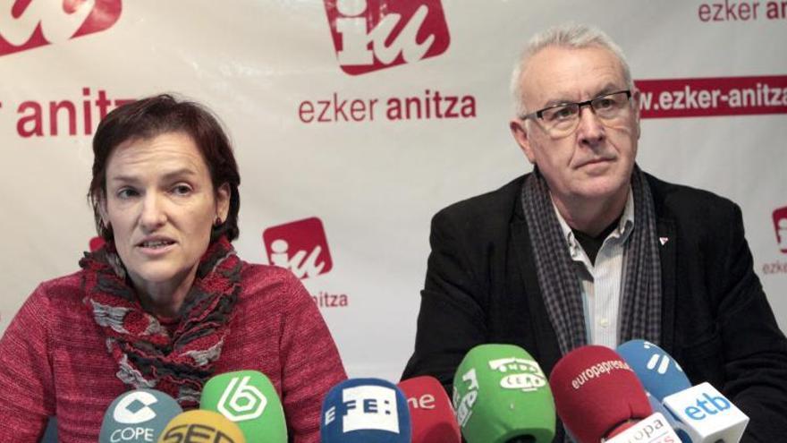 Lara (IU) sobre Mayor Oreja dice que parece que puede haber una escisión en el PP