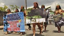 La lucha por la tierra indígena, cinco siglos después del 'descubrimiento' de América