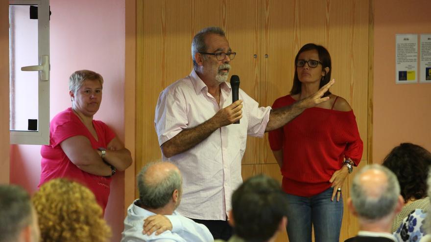 José De León en la asamblea de Podemos Las Palmas de Gran Canaria celebrada en Tres Palmas tras las elecciones del 26J