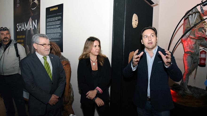 Ángel Felpeto, Carmen Porter e Íker Jiménez