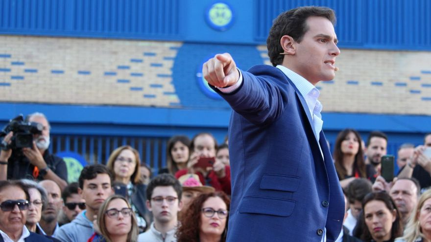 Albert Rivera en un acto electoral en la Plaza de Europa de la ciudad de Murcia