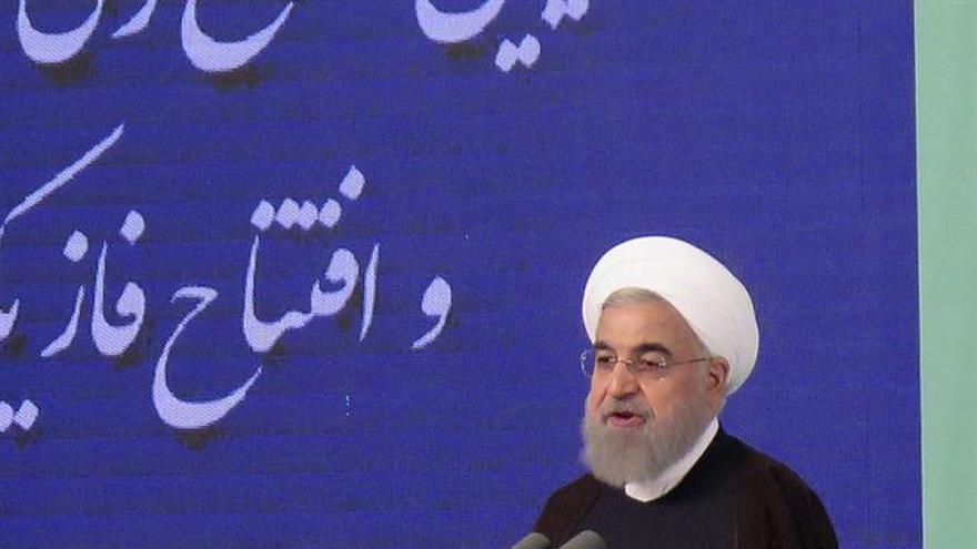 Irán inaugura una refinería con la que alcanza autosuficiencia de gasolina