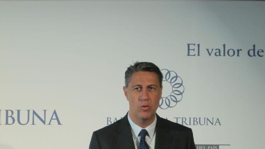 """Albiol dice que a la gente no le preocupa """"el debate jurídico"""" de la nacionalidad"""" sino sus ahorros y su empleo"""