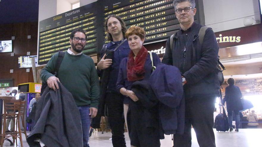 Comitiva en defensa de los caminos públicos camino de Europa