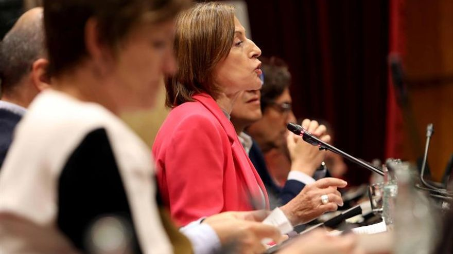 Los letrados del Parlament alertan a Forcadell de que las leyes de ruptura chocan con el TC