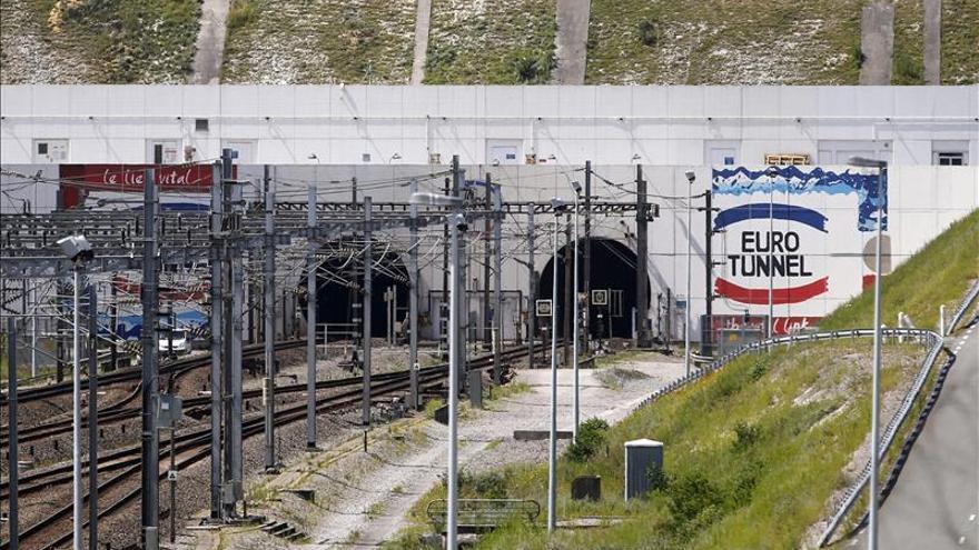 Londres Ve Necesario Reforzar La Seguridad En La Entrada Del Eurot Nel En Calais