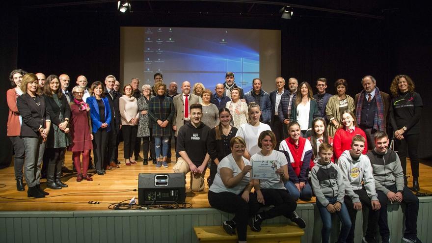 Ayuntamiento y centros educativos celebran el Día de la Constitución