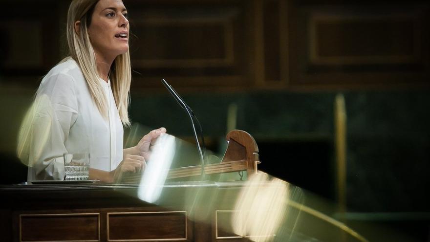 PDeCAT quiere que el Estado se disculpe ante Puigdemont y Pablo Iglesias por el joven que les amenazó desde un tanque