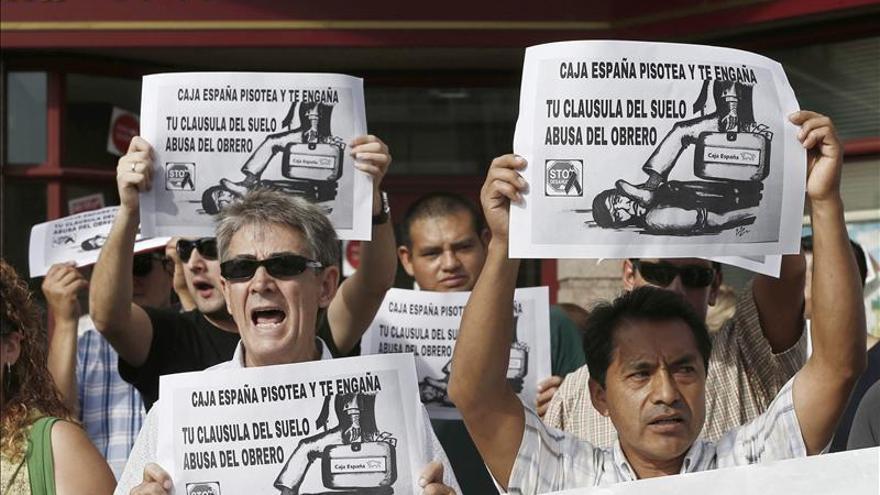 Los Bancos Retiran 200 Clausulas Suelo Ante La Amenaza Del