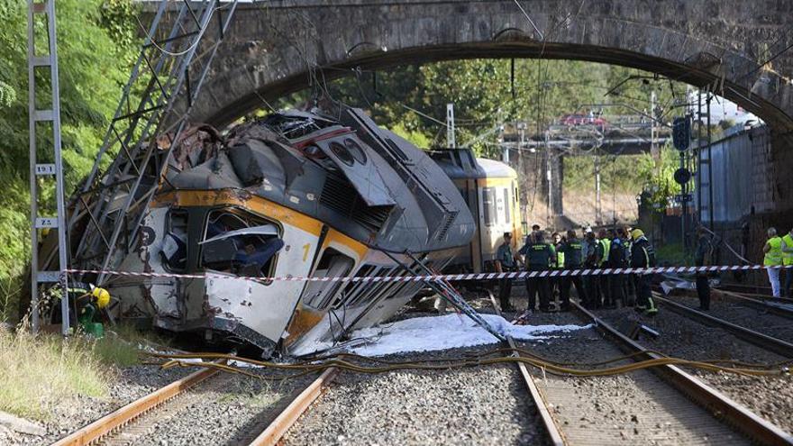 """Ciudadanos transmite su dolor por el """"fatal accidente"""" de tren"""