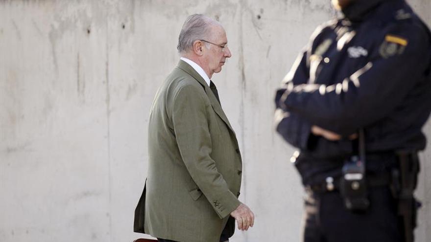 El juez archiva la pieza sobre pagos de La Caixa a Rodrigo Rato